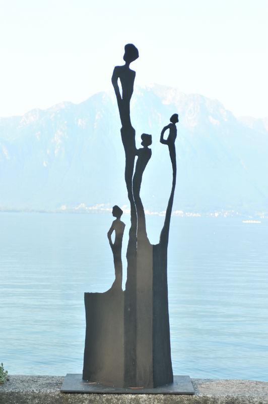 accueil biennale de montreux exposition de sculptures sur le bord du lac l man. Black Bedroom Furniture Sets. Home Design Ideas